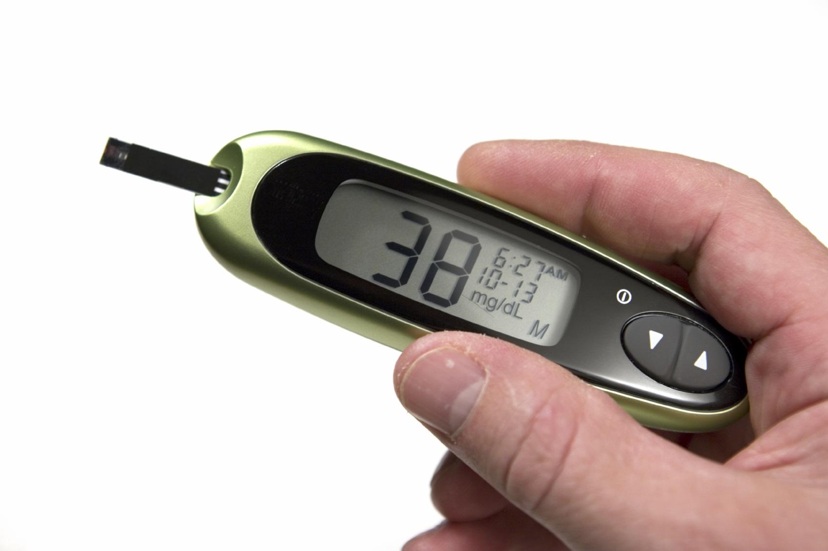 О причинах низкого сахара в крови и продуктах для его повышения