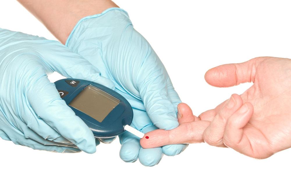 Норма сахара в крови: таблица для здоровых и больных диабетом